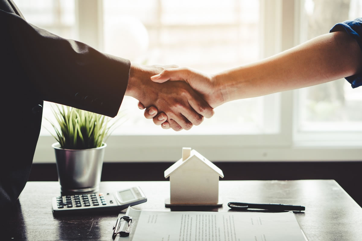 How to Ensure a Smooth Multifamily Real Estate Transaction by Using an Attorney